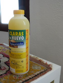 Gepasteuriseerde eiwitten in een fles