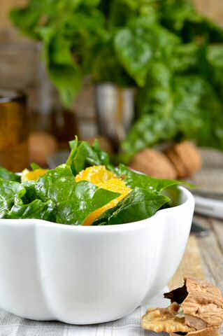 Rauwe spinazie salade
